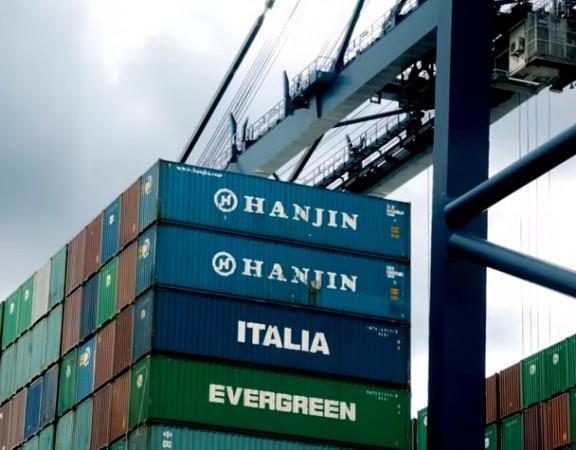 pemindahan kontainer